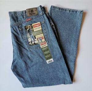 NWT Wrangler 5 star regular fit jeans